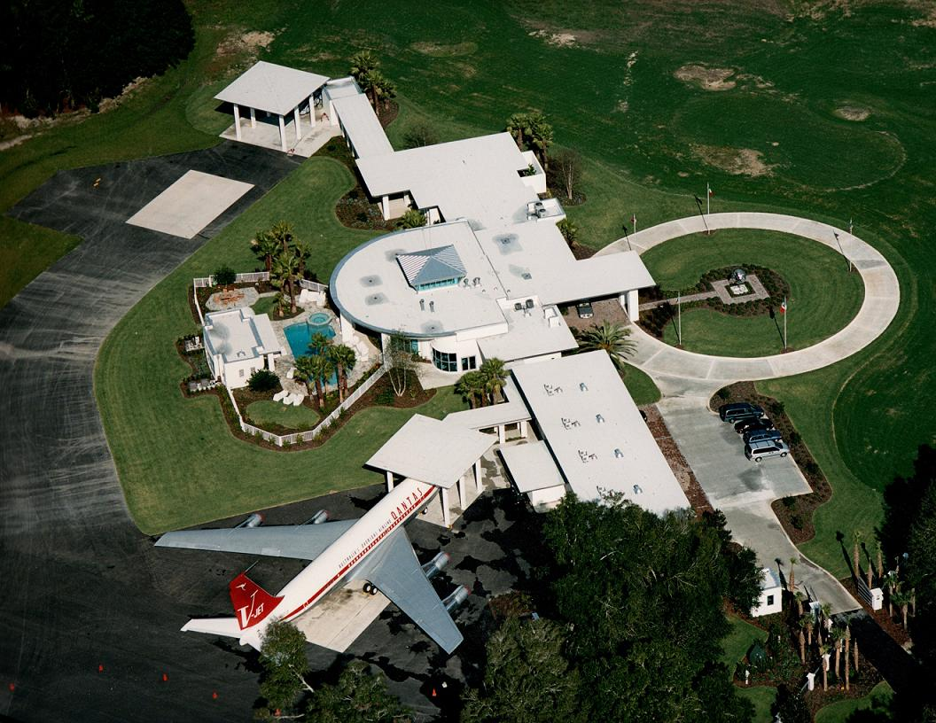 Top 10 Very Expensive Celebrity Jets (Part 2)