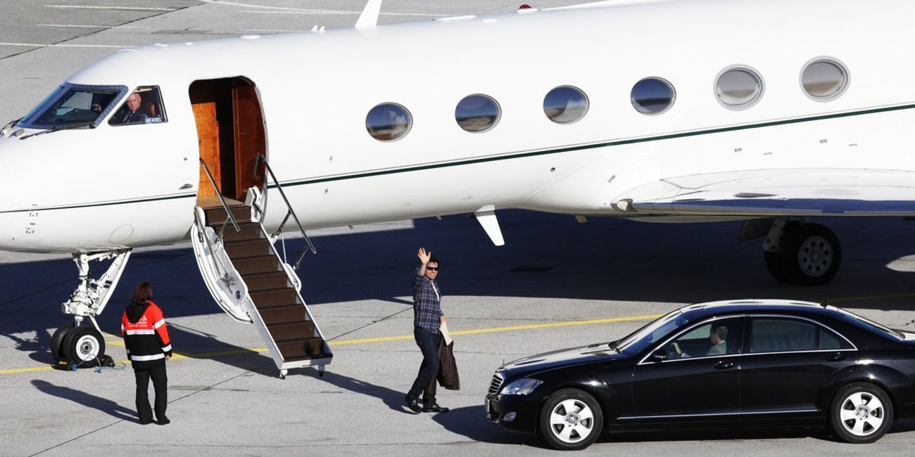 Top 10 Very Expensive Celebrity Jets (Part 1)